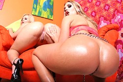 big wet butts Brianna Love and Alexis Texas img