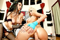 big wet butts Jenny Hendrix and Aletta Ocean img